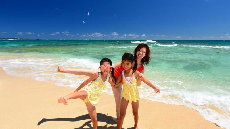Children-and-Mother-on-Beach
